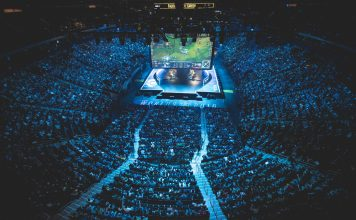 League of Legends stage