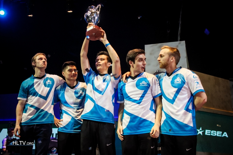 c9 lifting trophy