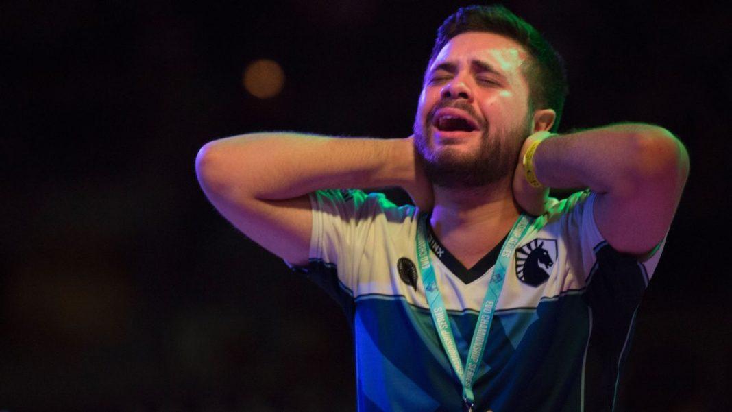 Hungrybox emotional after winning Evo 2016