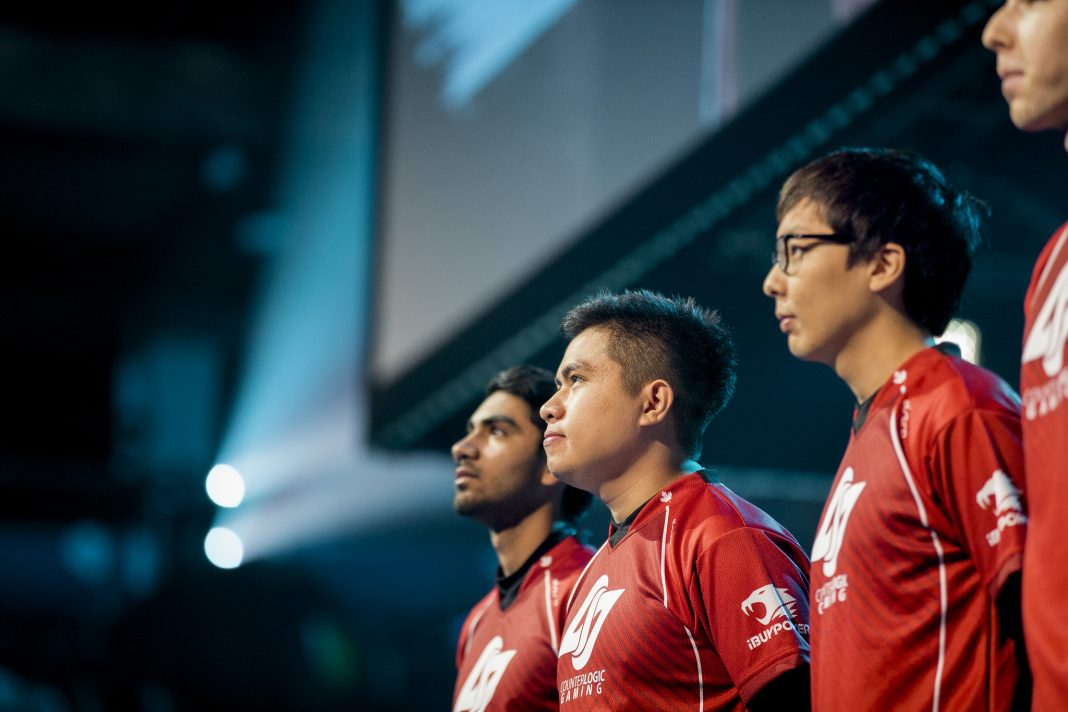 Xmithie Standing with CLG