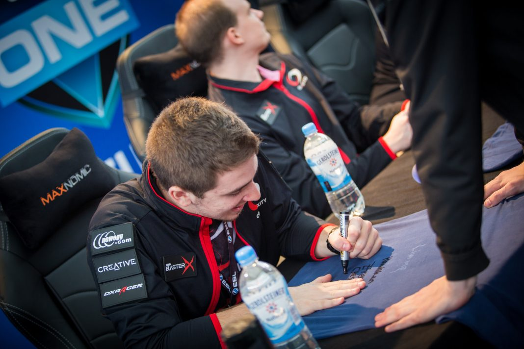 Complexity Signing at ESL Frankfurt