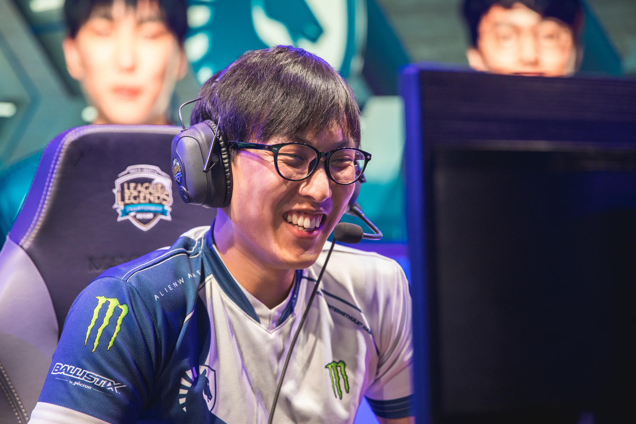 Doublelift cheesing